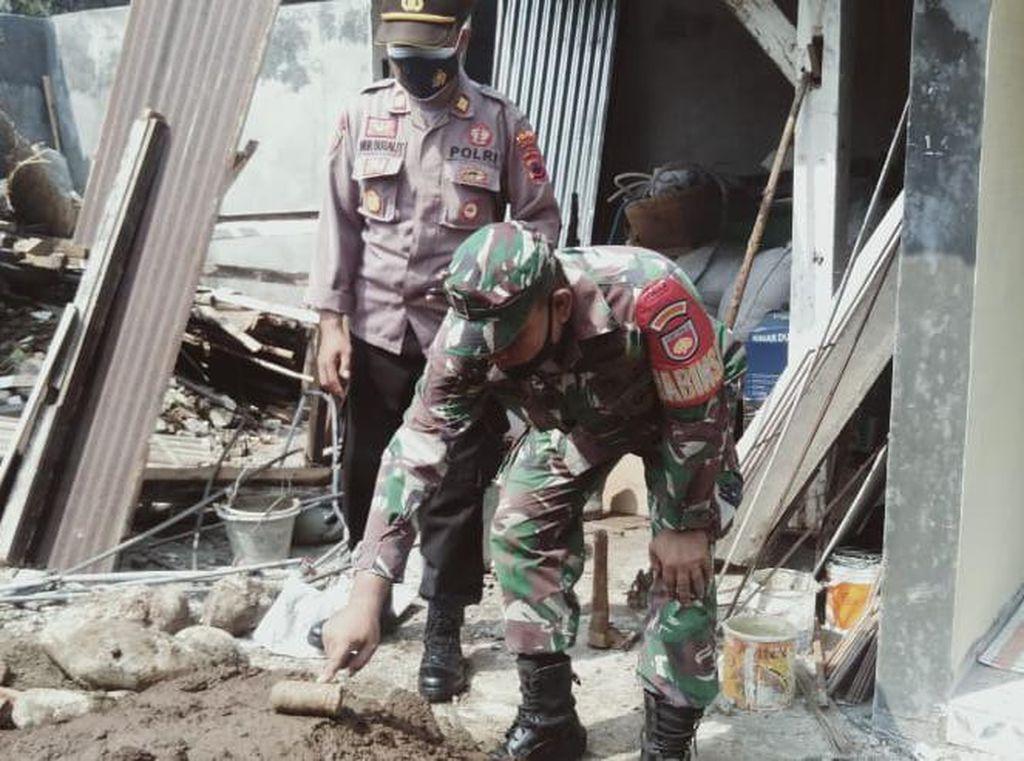 Gali Septic Tank, Pekerja di Purbalingga Malah Temukan Peluru Pelontar