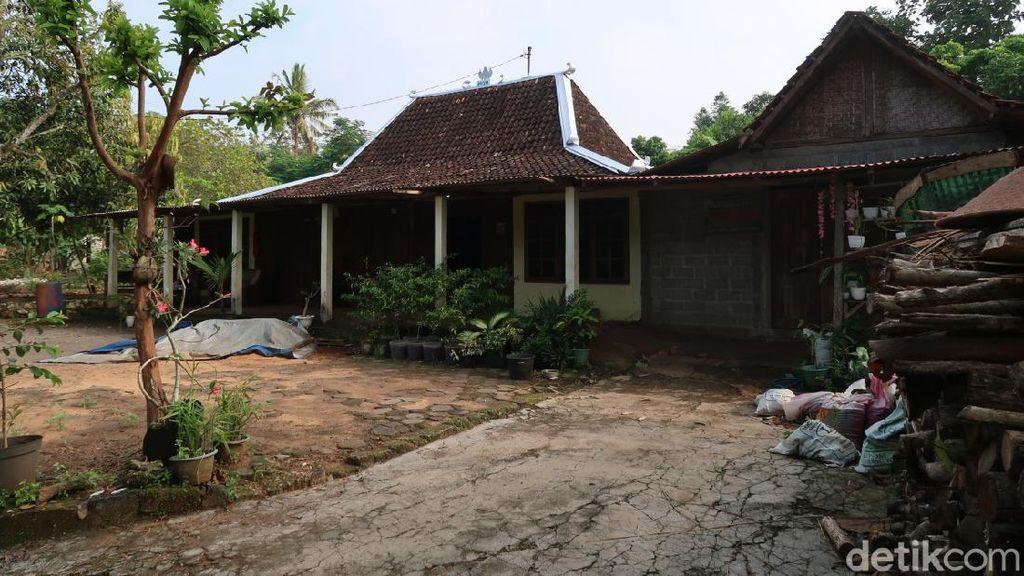 Foto Pedukuhan Jelok dengan Rumah Limasan-nya