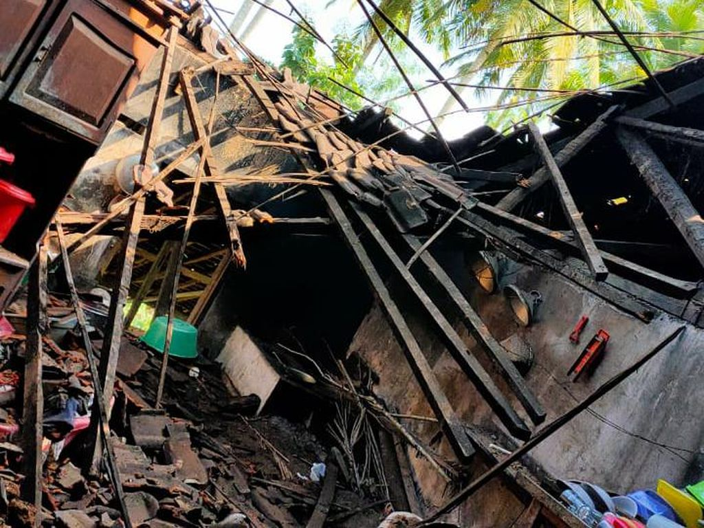 Gempa M 6,7 di Malang Terasa Kuat, Warga Panik Berhamburan