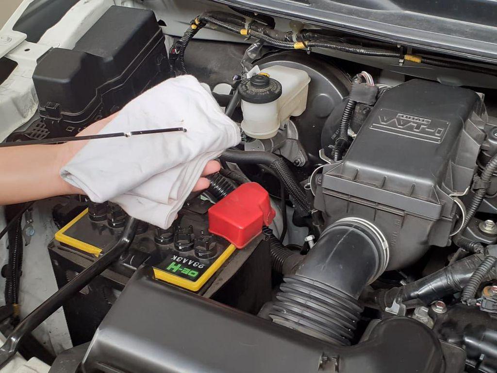 6 Cairan Mobil di Ruang Mesin yang Bisa Diperiksa Sendiri