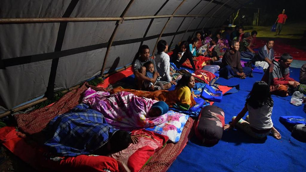 Begini Suasana di Pengungsian Warga Terdampak Gempa Malang