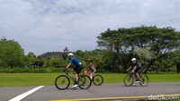 Foto: Gowes Asyik dari Prambanan Hingga Keliling Borobudur
