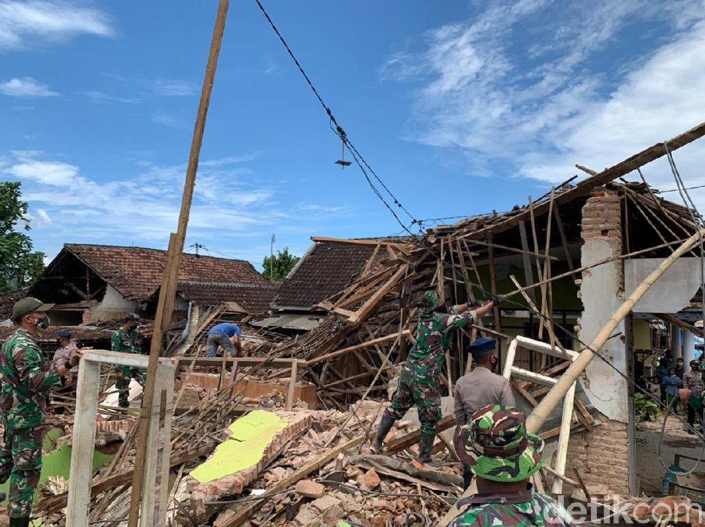Gempa Malang di Antara Pagebluk Akan Berakhir dan Aktivitas Lempeng Indo Australia