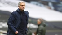 Jose Mourinho Puji Manchester United