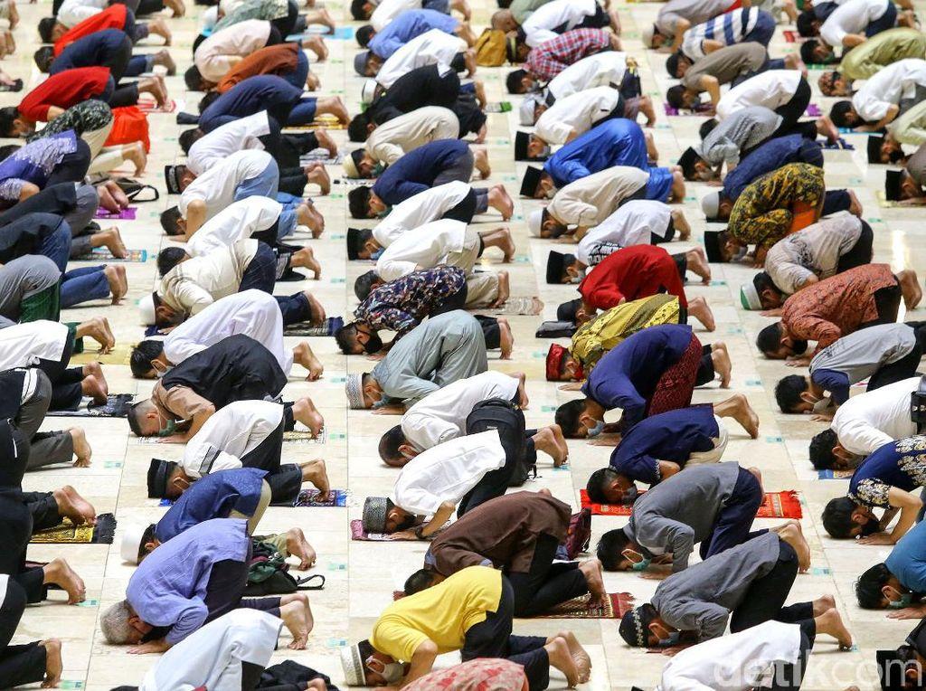 Masjid Istiqlal Gelar Salat Tarawih Pertama