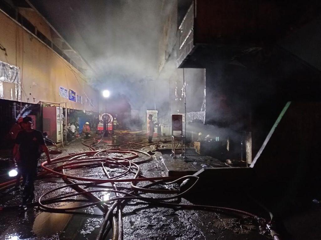Punya Pemadam Api, Sejumlah Pedagang Pasar Minggu Tak Tahu Cara Pakainya