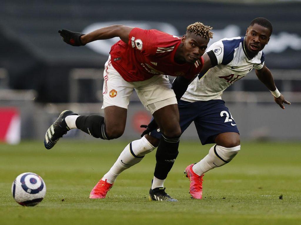 Mourinho: Pogba Harusnya Dikartu Merah!