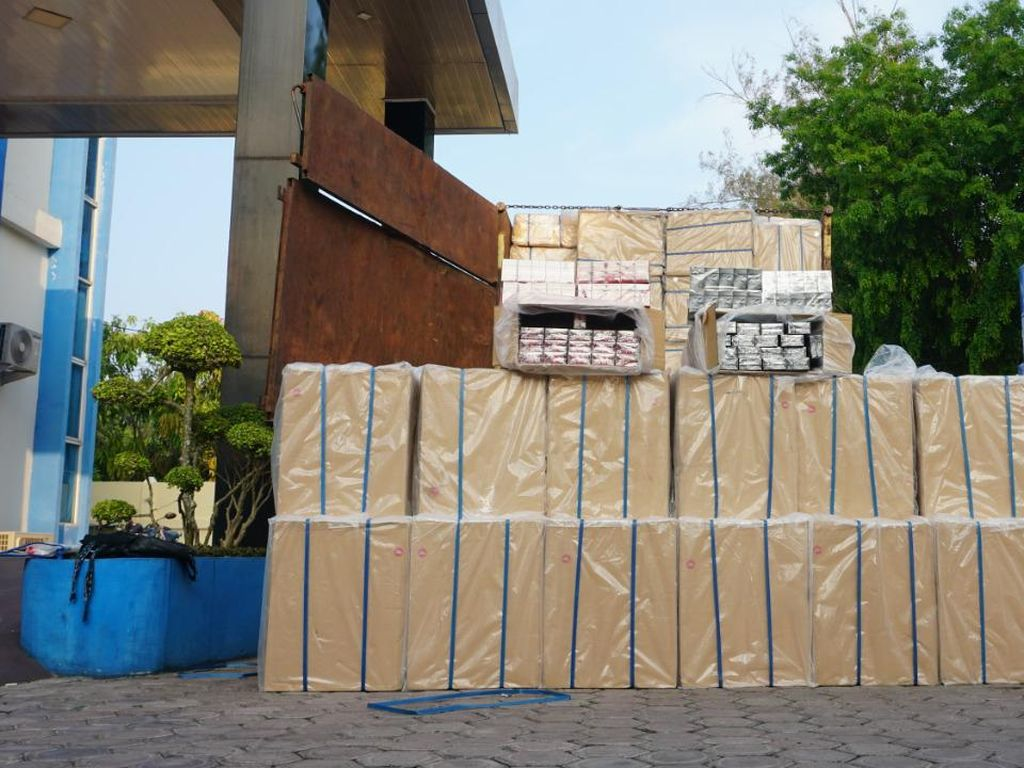 3 Penyelundup 3,3 Juta Rokok Ilegal Senilai Rp 5,9 M Ditangkap di Aceh