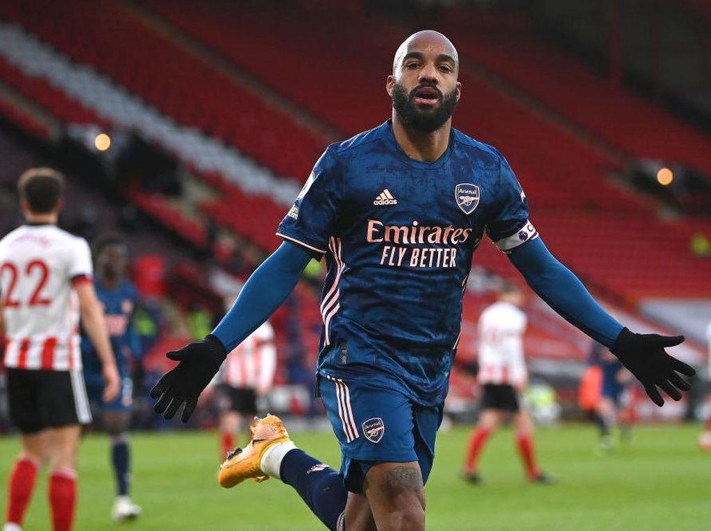 Babak Pertama, Lacazette Bawa Arsenal Memimpin Atas Sheffield 1-0
