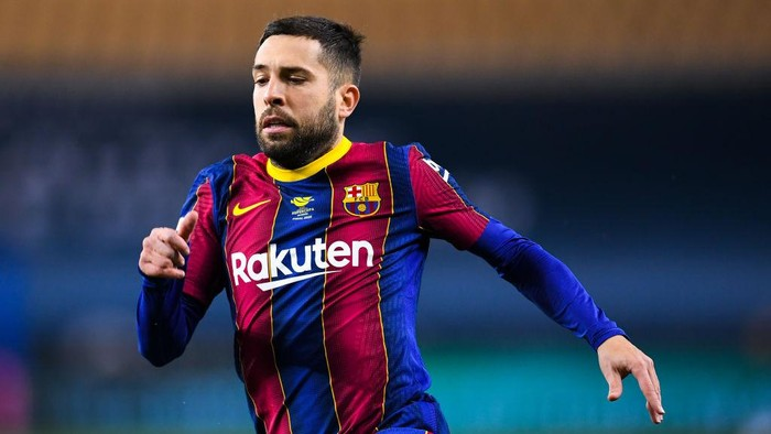 SEVILLE, SPAIN - JANUARY 17: Jordi Alba of FC Barcelona looks on during the Supercopa de Espana Final match between FC Barcelona and Athletic Club at Estadio de La Cartuja on January 17, 2021 in Seville, Spain. Sporting stadiums around Spain remain under strict restrictions due to the Coronavirus Pandemic as Government social distancing laws prohibit fans inside venues resulting in games being played behind closed doors. (Photo by David Ramos/Getty Images)