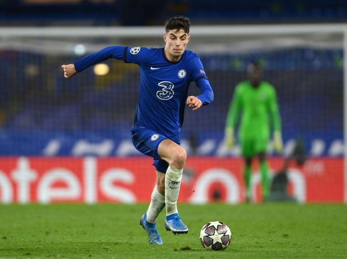 LONDON, ENGLAND - MARCH 17: Kai Havertz of Chelsea in action during the UEFA Champions League Round of 16 match between Chelsea FC and Atletico Madrid at Stamford Bridge on March 17, 2021 in London, England. Sporting stadiums around the UK remain under strict restrictions due to the Coronavirus Pandemic as Government social distancing laws prohibit fans inside venues resulting in games being played behind closed doors. (Photo by Mike Hewitt/Getty Images)