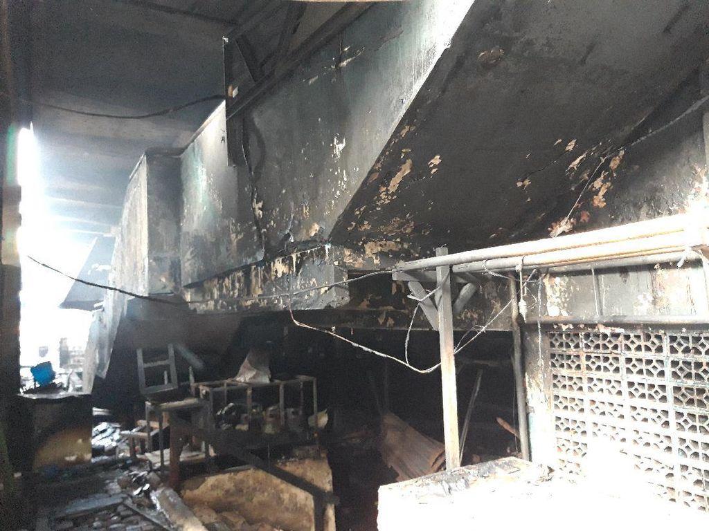 Cerita Pedagang Pasar Inpres Pasar Minggu: Barang Ludes Terbakar