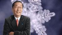 Kisah Ilmuwan Jepang Meneliti Khasiat Doa Pada Kristal Air