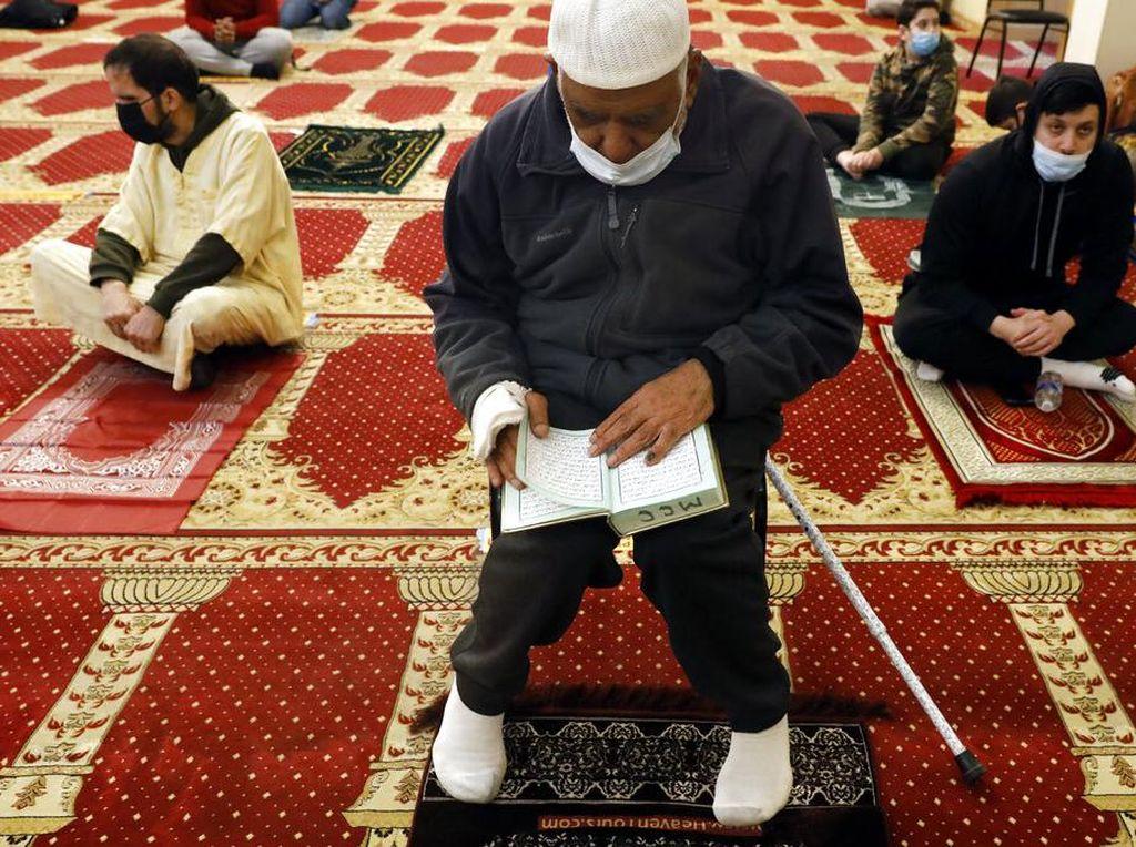 Puasa untuk Menyatukan Islam dan Muslim