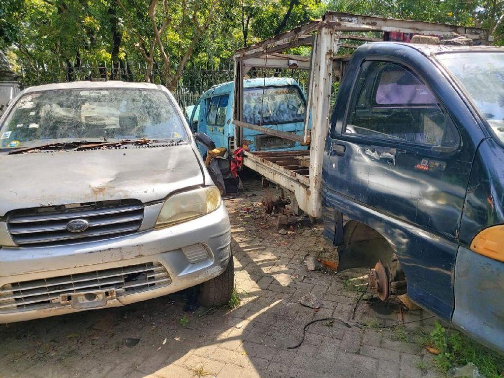 Aksi Pencurian Onderdil di IRTI Monas, 5 Mobil Telah Dipereteli Pelaku