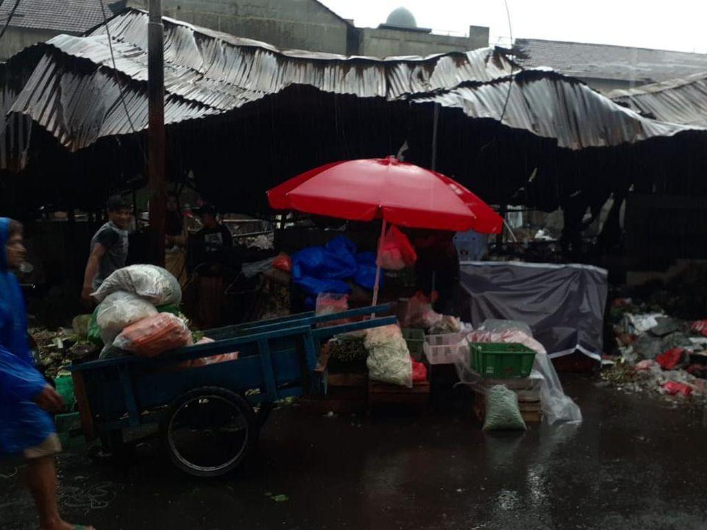 Usai Sepekan Pasar Kambing Terbakar, Pedagang Minta Lapak-Kios Direnovasi