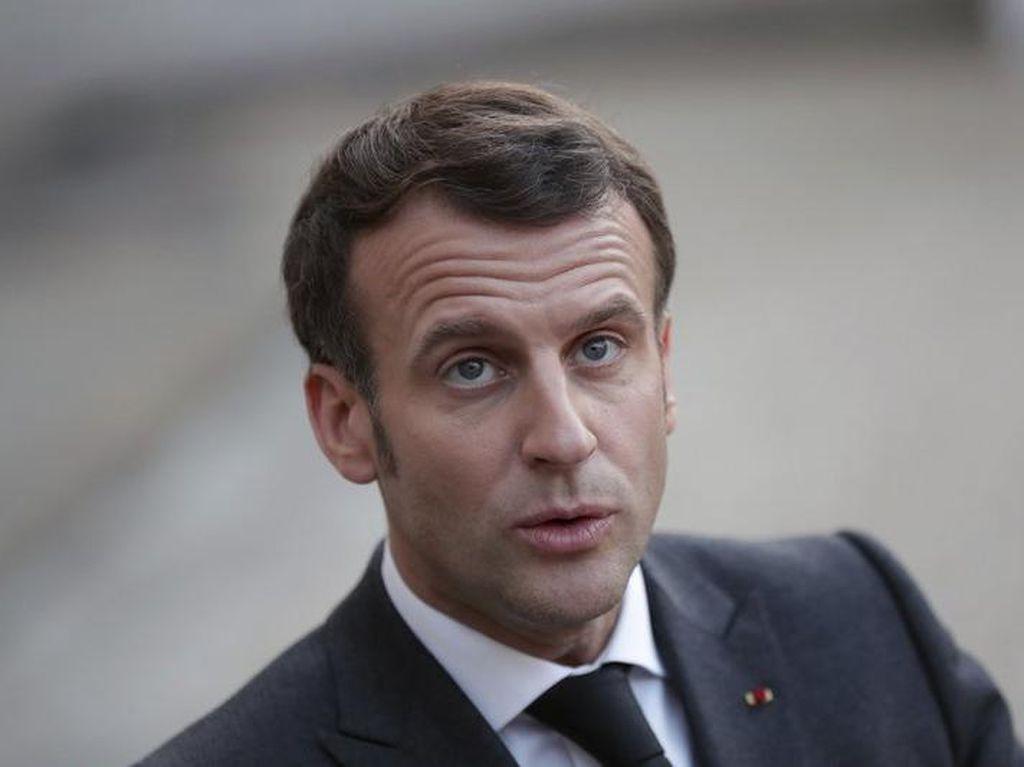 Presiden Prancis Ditampar Warga, Rusia Rakit Kapal Siluman