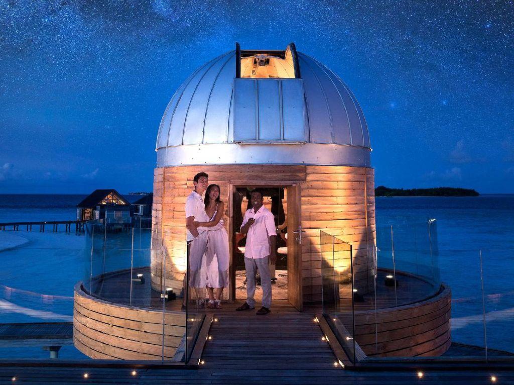 Seru Nih, Resor dengan Teleskop Terkuat di Samudera Hindia