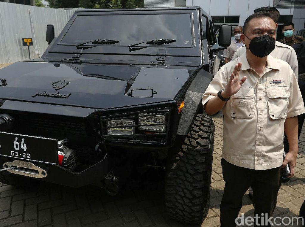 Penampakan Mobil Rantis Maung Milik Sufmi Dasco