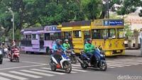 Mau Ngabuburit di Bandung, Naik Bandros Saja!