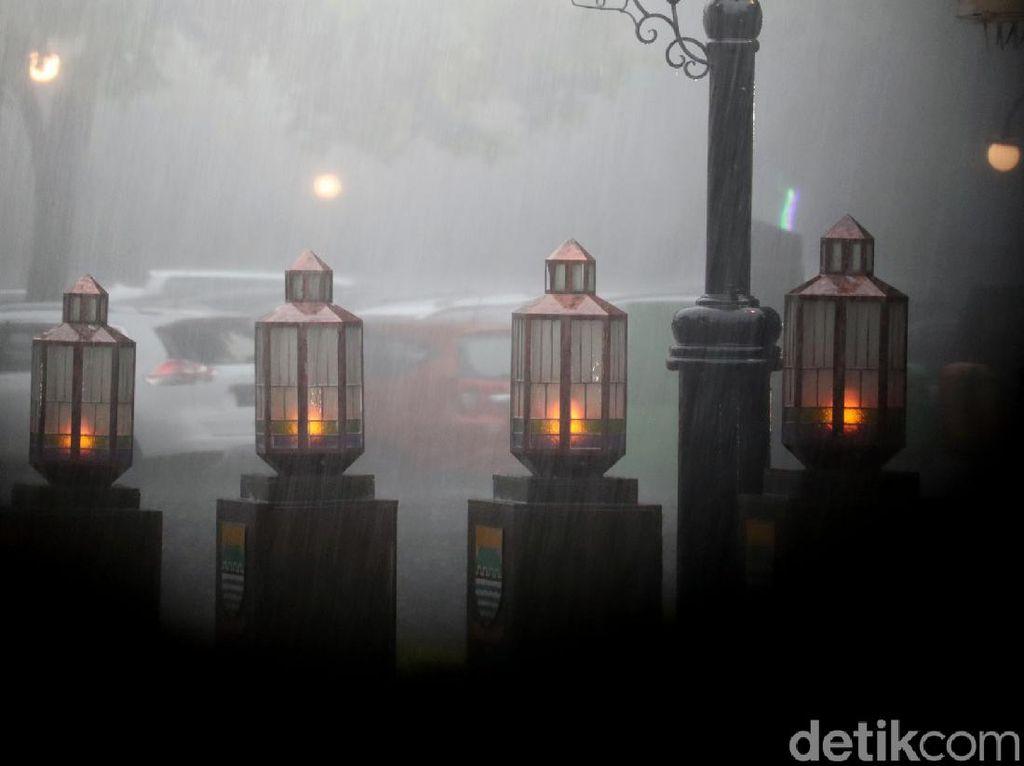 BMKG Imbau Warga Bandung Barat-Cimahi Waspada Cuaca Ekstrem