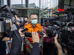 Saksi dari Kemenkeu: Bank Garansi di Ekspor Benur Pungutan, Bukan Pajak