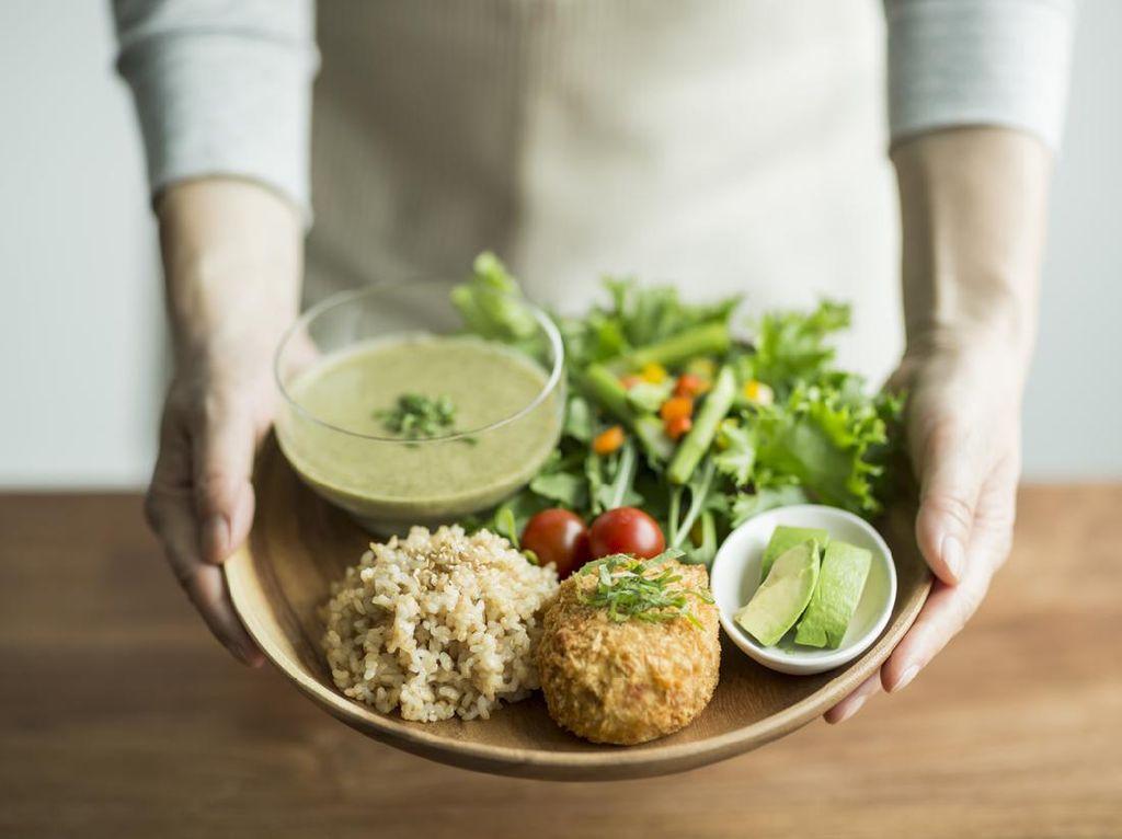 Catat! 3 Cara Biar Diet Tetap Efektif Turunkan BB Selama Puasa
