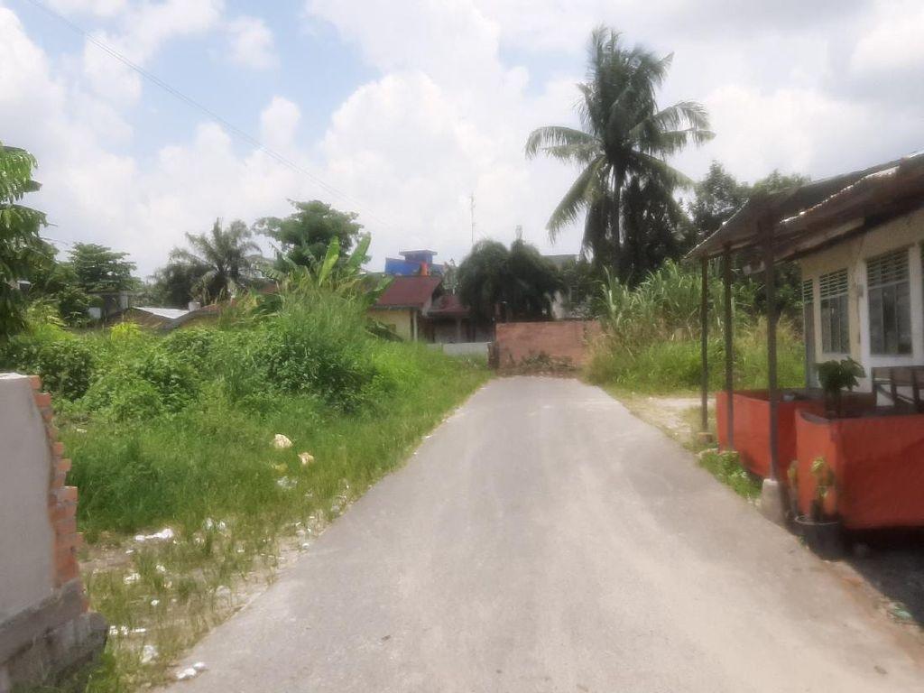 Polisi Minta Pemilik Lahan Bongkar Tembok Tutupi Jalan di Pekanbaru