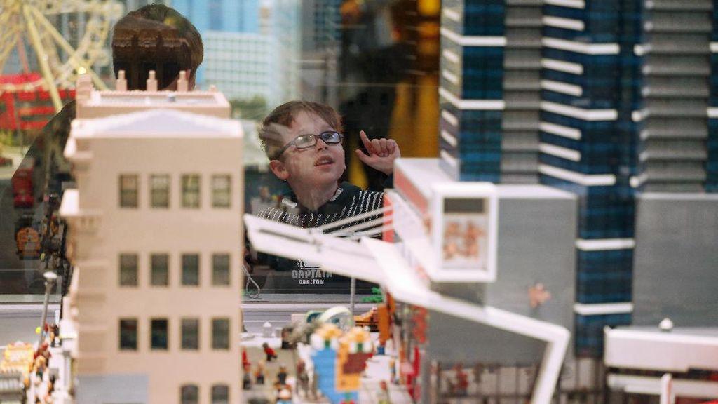 Legoland Buka Wahana Untuk Anak-anak Gangguan Penglihatan
