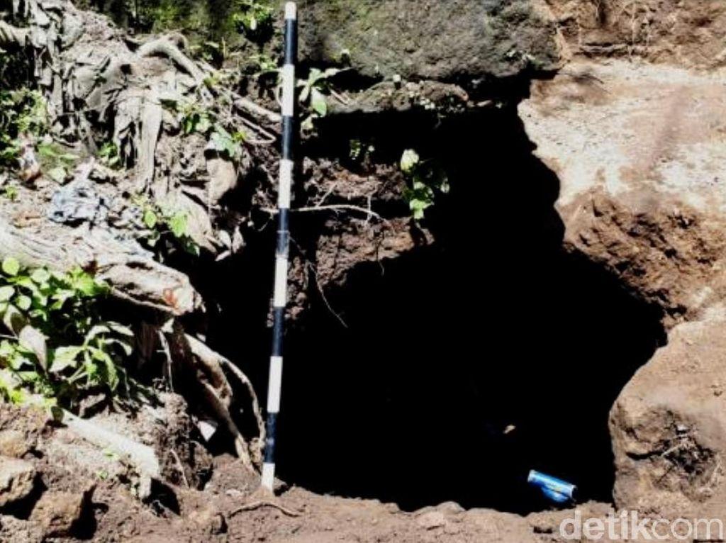 Lubang Mirip Gua Peninggalan Zaman Prasejarah di Bondowoso Masuk Ijen Geopark