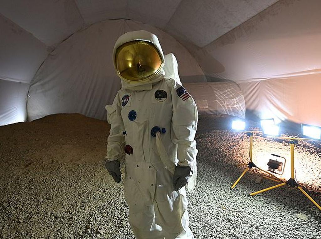 Ini Rasanya Jadi Astronot di Bumi