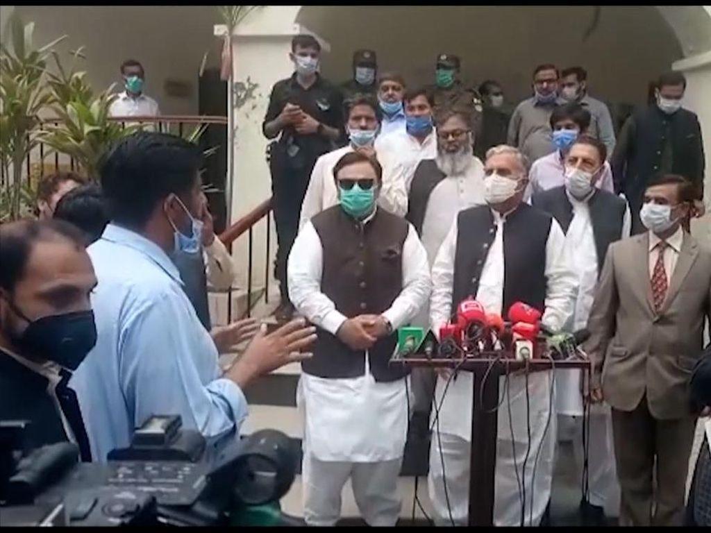 Saat Menteri di Pakistan Ditinggal Wartawan Gegara Telat Datang