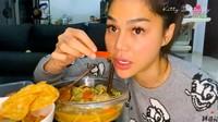 DJ Katty Butterfly Puasa Pertama, Makan Cabai Rawit Saat Berbuka!