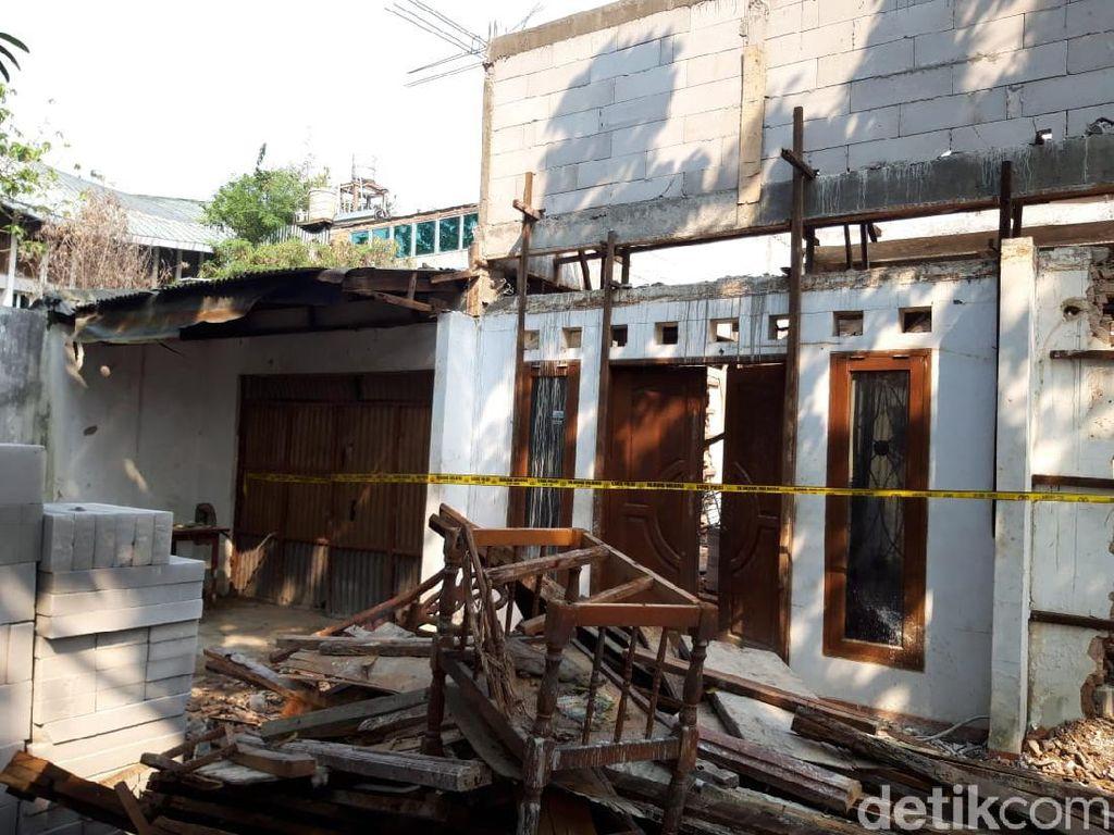 Detik-detik Mencekam Bangunan Roboh Tewaskan 2 Kuli di Jakpus