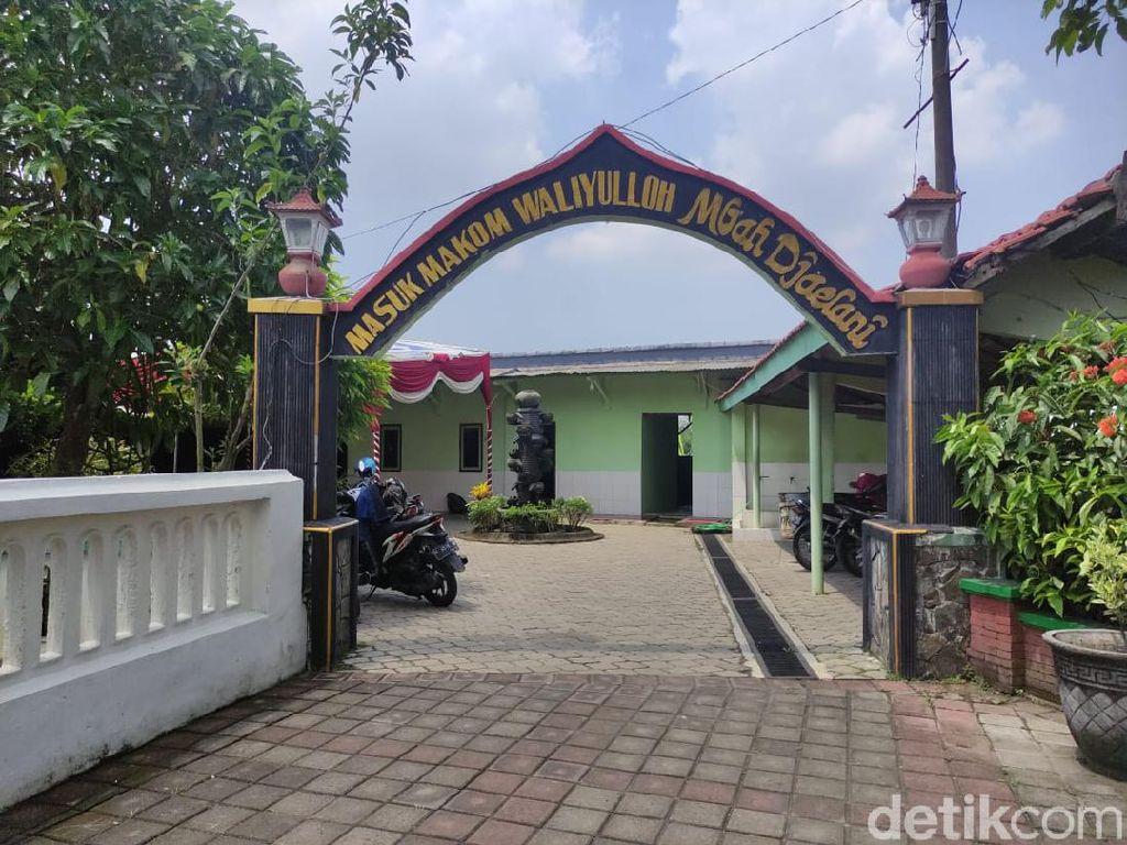 Makam Mbah Jaelani Sidoarjo Jadi Tempat Peziarah yang Ingin Khusyuk Ibadah