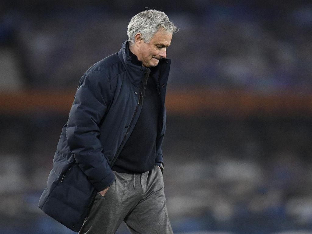 Soal Penalti Everton, Mourinho: Ketawa Saja, deh