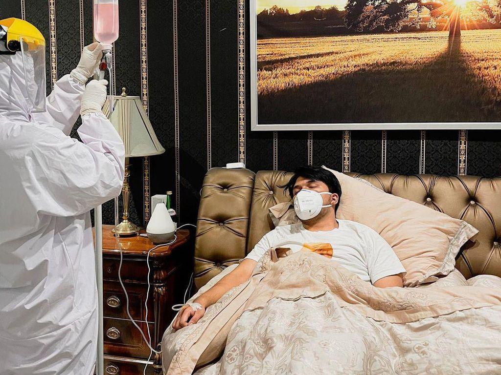 Thariq Halilintar Umumkan Terjangkit Virus Corona