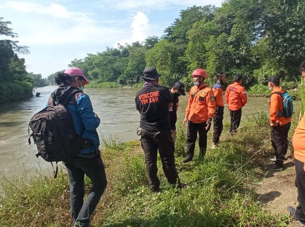 Pria di Blitar Dilaporkan Lompat ke Sungai, Pencarian Masih Dilakukan