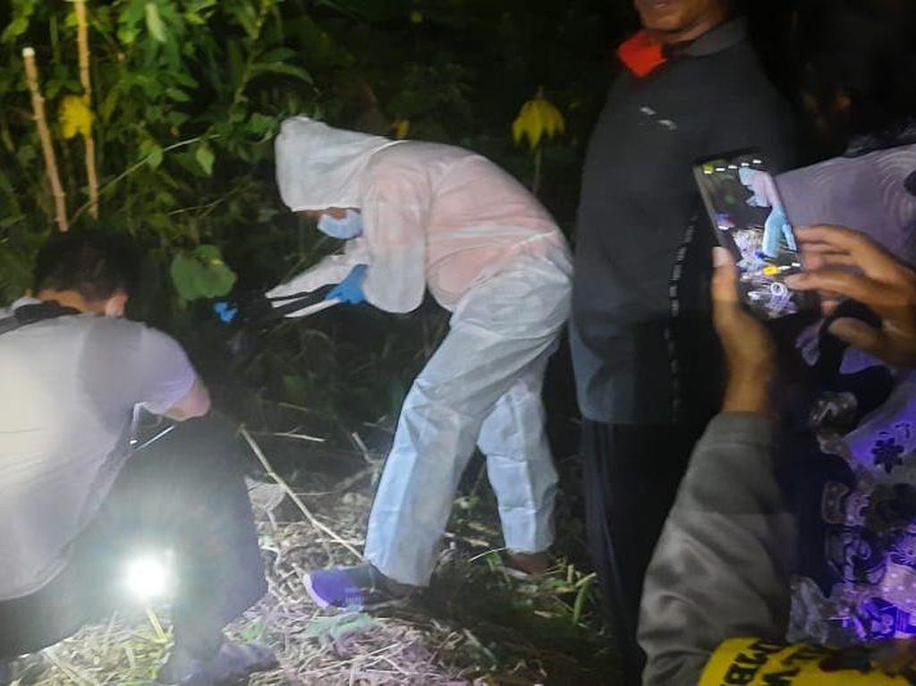 Warga Blitar Temukan Kerangka Manusia di Hutan Lindung