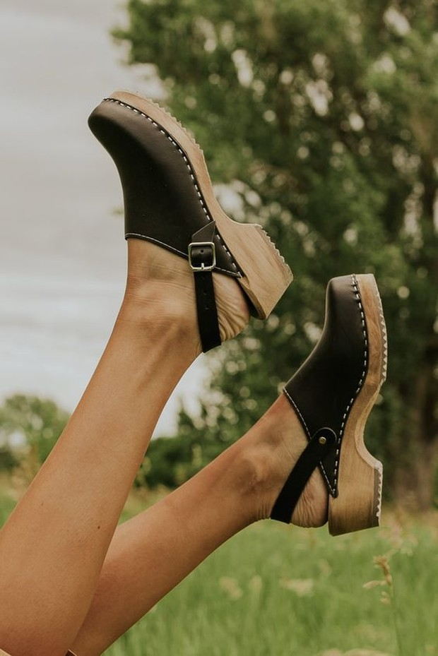 clogs shoes (sumber : pinterest.com/roolee)