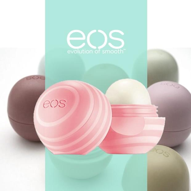 EOS Lip Balm diklaim mampu menutrisi bibir dengan baik/shoope.co.id