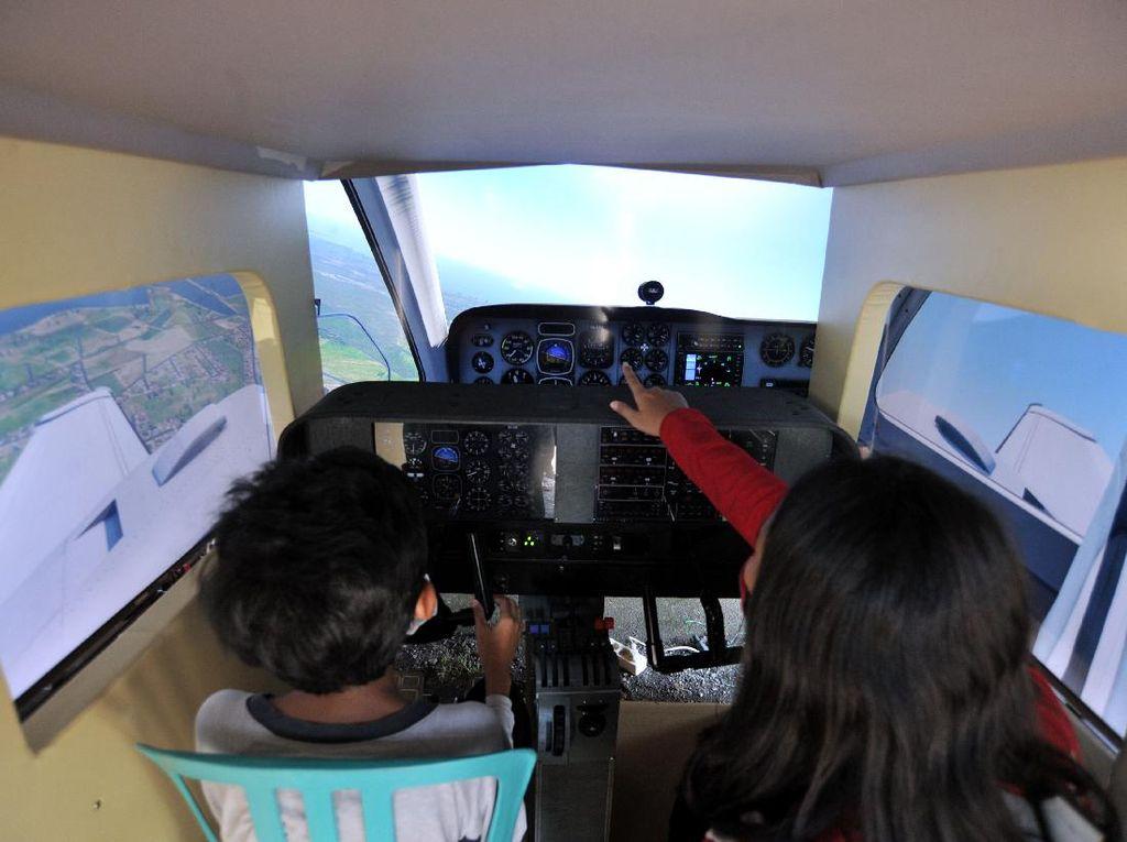 Mengenal Pesawat Lewat Pameran Dirgantara di Bali