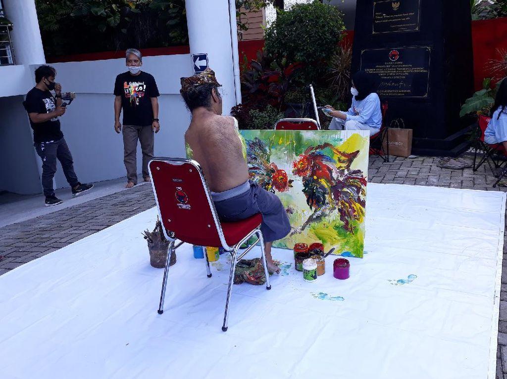 Libatkan Pelukis Difabel, Ini Cara Seniman Ngabuburit di Yogya