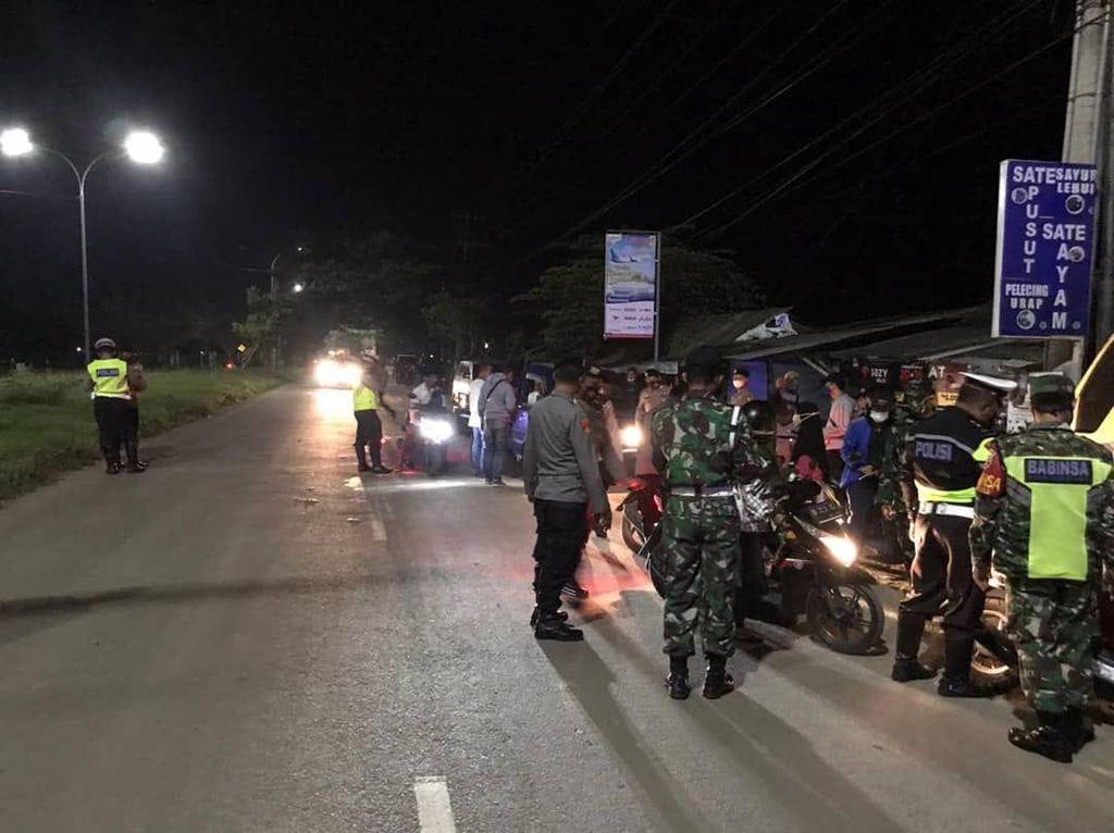 Patroli Skala Besar di NTB, TNI-Polri Amankan 55 Motor hingga Sajam