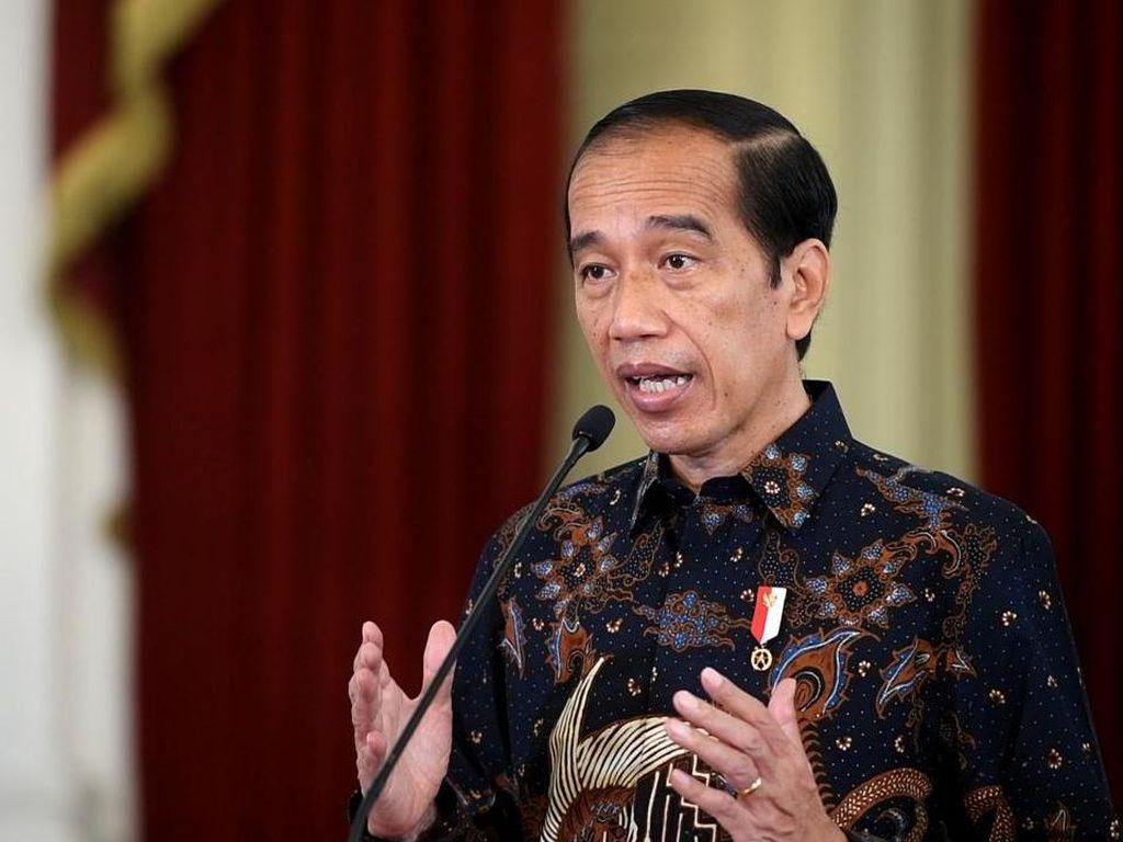 Uang Pemda Rp 182 T Nganggur di Bank, Jokowi Jengkel: Harusnya Segera Dibelanjakan!