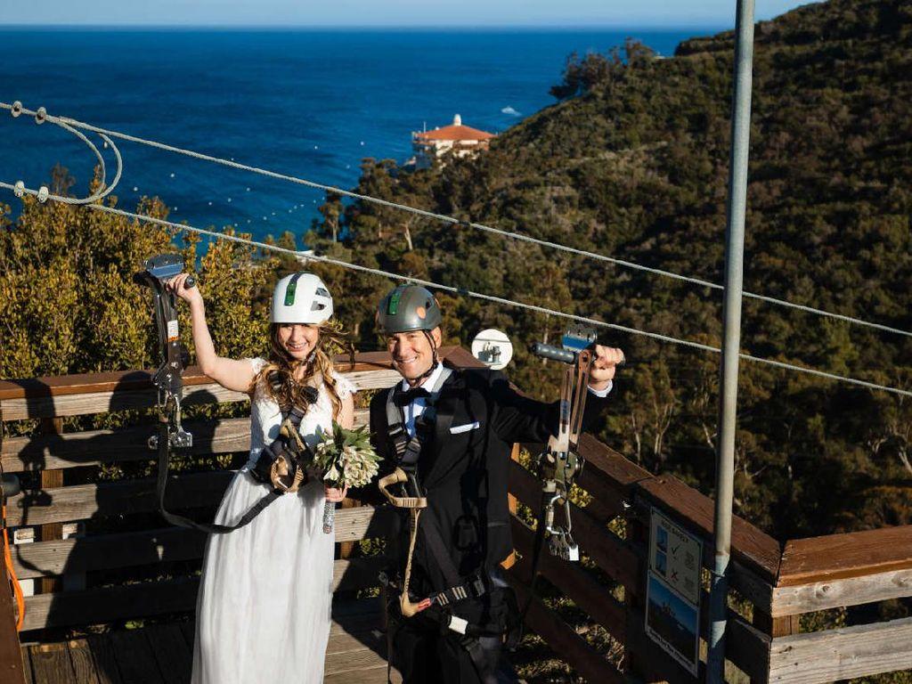 Unik Nih, Pulau di California Tawarkan Menikah di Atas Flying Fox