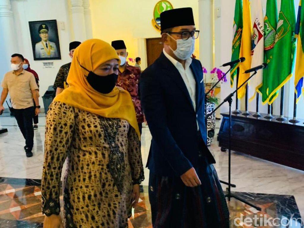 Di Gedung Sate, Khofifah Minta Kang Emil Arsiteki Masjid Pemprov Jatim