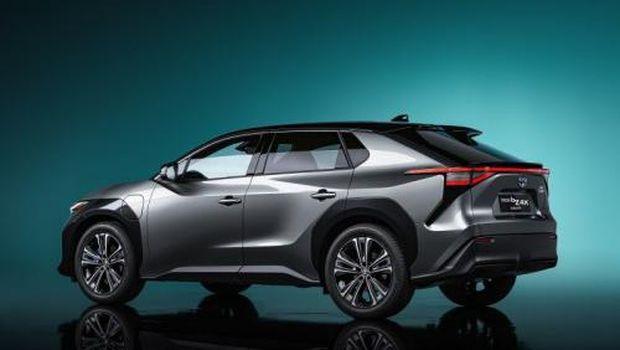 Konsep mobil listrik Toyota bZ4X.