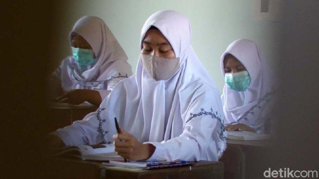 Melihat Uji Coba Sekolah Tatap Muka di SMKN 1 Depok Sleman