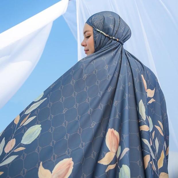 Mukena Dewi Sandra